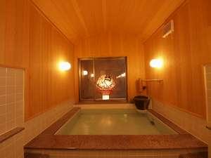 津軽の宿弘前屋:ホテルのユニバスでは何か一味足りません。青森ヒバ風呂でヒノキの香りに包まれ旅の疲れを癒して下さい。