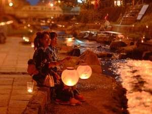 湯之助の宿 長楽園:【玉造温泉街】夏の玉造温泉は街中がライトアップされて幻想的な雰囲気