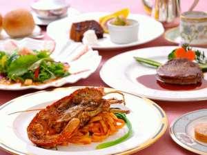 海の見えるプチホテル サン・トロペ:伊勢海老料理付き本格フレンチ!ソースからデザートまですべて手作り!