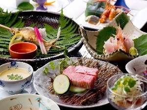 奥飛騨温泉郷 穂高荘 山月(さんげつ):奥飛騨の旬の素材をいかした会席料理(一例)