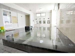 滞在型温泉コンドミニアム石和セントラル:1階大浴場