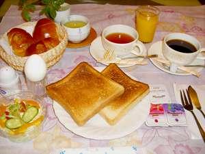 ビジネスホテルサンライト本館:軽朝食を食べて一日元気に!!
