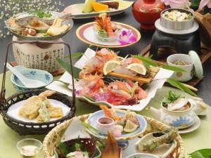 三朝温泉 後楽:お料理のイメージです。