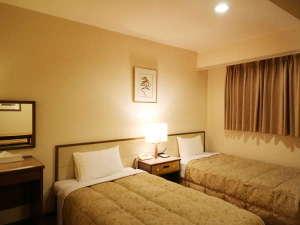 サンホテル名古屋錦:ツインルームです。カップル・夫婦・友人同士にお薦めです。