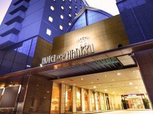 大阪新阪急ホテル:JR大阪駅より徒歩約3分