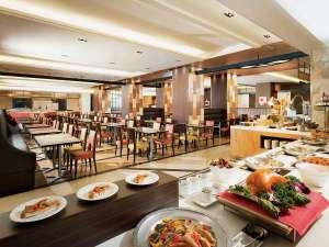 大阪新阪急ホテル:地下1階『オリンピア』店内イメージ
