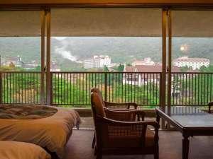 有明ホテル:お部屋から雲仙一遠近感のバランスの取れた眺望をご覧いただけます。