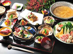 源泉露天の宿 鹿覗キセキノ湯 つるや:*夕食一例 月替わりで旬のものをご用意しております。