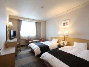 アパホテル<高松空港>:ツインルーム(広さ26.4㎡/ベッド幅124㎝)
