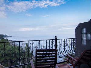 伊豆高原 天然温泉 ISANA Resort (イサナ リゾート)の写真