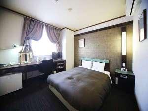 ◆ダブルルーム◆ 15~17㎡ ベッド幅140cm×210cm(ダブルベッド)