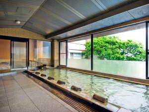 岸権旅館:六左衛門の湯(内湯)       入浴時間:14:00~翌朝10:00