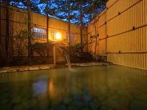 登別カルルス温泉 湯元オロフレ荘:川のせせらぎを聞きながら、ゆっくりとした時間が過ぎてゆきます・・・