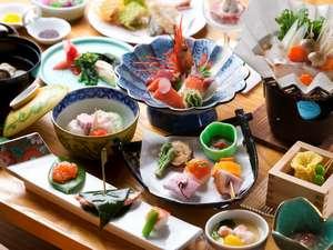 登別カルルス温泉 湯元オロフレ荘:旬味を存分にご堪能ください。 おもてなしの心を 『オロフレ膳』の一例。