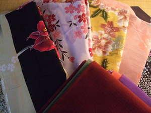 【色浴衣】色柄を揃えました。フロントにて貸出中(通常540円)