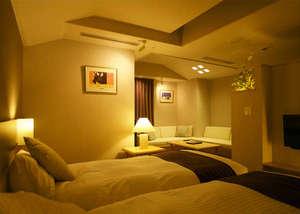 【和モダン客室】ツインベットとコーナーソファー♪(写真一例)※畳スペースの場合もあります