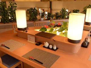 【2階 和食処 和蘭(からん)】椅子のお席もございます。