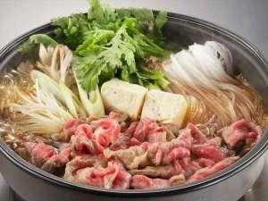横手温泉 ホテルプラザ迎賓:【夕食】横手黒毛和牛すき焼き