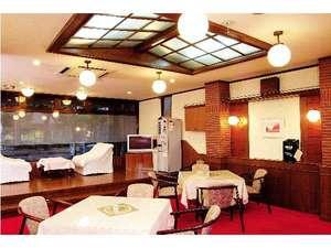 ホテルサンコー高崎:お打ち合わせや談話スペースにご利用いただけるロビー