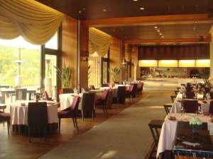岡山国際ホテル:モダンな雰囲気の『THE GARDEN TERRACE』