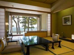 露天風呂付き客室は全室海側に面しております。