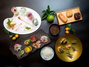 【朝食ブッフェ】ご朝食は約80種類の品数を和食・洋食のブッフェスタイルで。