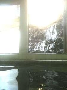 ホテル喜楽館:温泉♪コーヒー色した温泉!