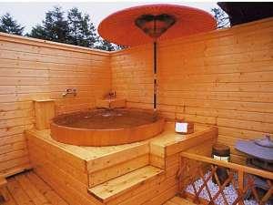 岩魚茶舎 (いわなぢゃや):貸し切り露天風呂2ヵ所無料