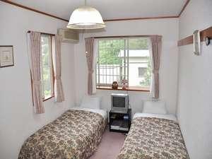 ペンション 紙風船:全室ツインルーム。