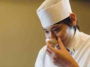 【遠藤料理長】「地元食材の旬を、料理でお客様にお伝えしたい」と、手作りの料理にこだわっております。