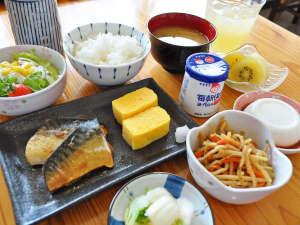 オーシャンビューカマンタ<石垣島>:【朝食の一例】しっかり朝食をとって一日を楽しみましょう♪※朝食は日替わりです。