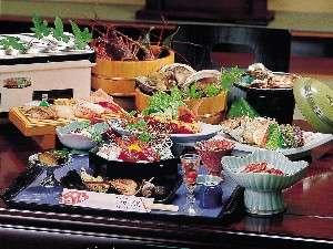 和造りの料理と湯の宿 かず美:お料理一例。