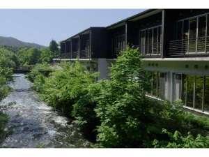 新日本百名湯 全14室の隠れ宿 藤三旅館・別邸 十三月の写真