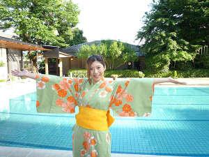 ホテル ふじ:色浴衣 (屋外プール 夏 OPEN)