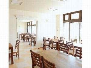オカサンホテル:朝食は1階レストランにて