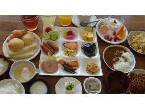 オカサンホテル:ワクワク朝食バイキング 岐阜の名品をお楽しみください