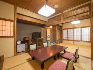 笠間 割烹旅館 城山:【和室/友禅】元料亭だった名残のあるお部屋は1室ごと違う造りになっております。