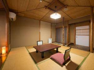 笠間 割烹旅館 城山:【和室/嵐山】一室毎に異なる趣のお部屋となっております。