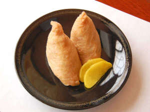 割烹旅館 観月荘:【観月いなり】当館名物★一つひとつ丁寧に手作りしております