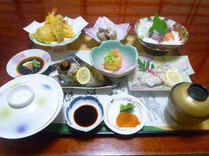旅館 城:地元の旬の食材を活かした和食でおなかいっぱい♪