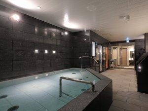 〈最上階〉男女別大浴場