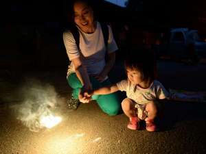 【ファミリープラン】夏の思い出に花火をどうぞ♪浴衣姿で花火をする我が子…想像するだけでワクワクです♪
