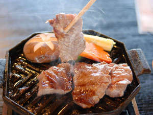 南阿蘇夢しずく温泉 ホテル夢しずく:溢れる出す肉汁。鉄板焼き懐石。