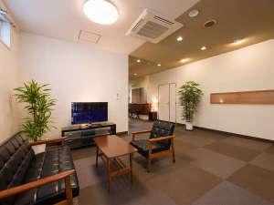 松島ホテル和楽:【ロビー】皆様お揃いでお寛ぎください