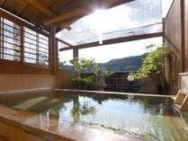 湯宿温泉 太陽館 檜香る貸切露天風呂の施設写真1