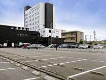 ホテルビナリオKOMATSUセントレ 駐車場