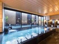 アパホテル&リゾート〈西新宿五丁目駅タワー〉の施設写真1