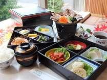 【今だけ、朝食をサービス!】おいしい朝ごはんを食べて、いい気分で一日を!のイメージ画像