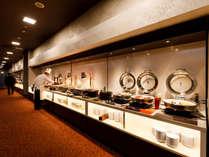 【朝から金沢B級グルメ】金沢カレーやハントンライス、自分で作るミニ海鮮丼など 30 種以上のバイキングのイメージ画像