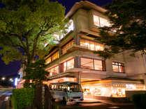 【錦帯橋温泉 岩国国際観光ホテル】~錦帯橋を望む絶景温泉~の写真